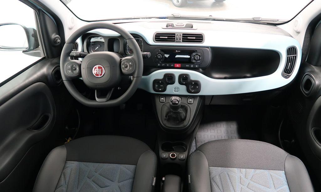 Fiat panda Launch Hybrid interior